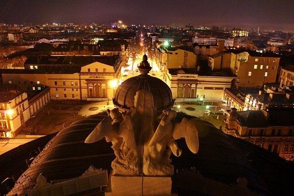 Вид с крыши Оперного театра ночью