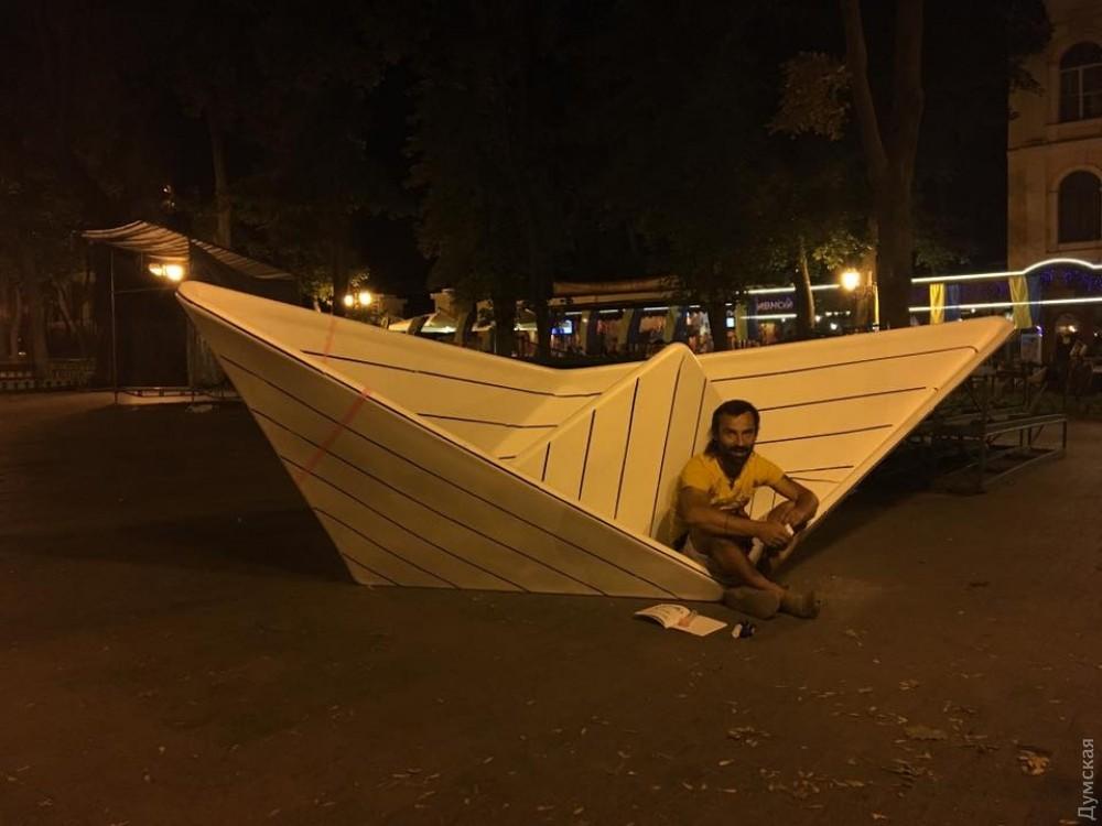 скульптура кораблик одесса александр милов