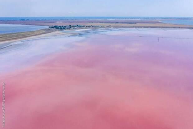 Розовое озеро, Арабатская Стрелка